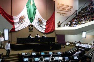 Diputados yucatecos se despiden de la LX legislatura