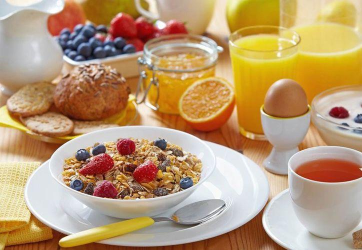 Por no saber lo que estás comiendo probablemente te estés mal alimentando. (Mejor con Salud).