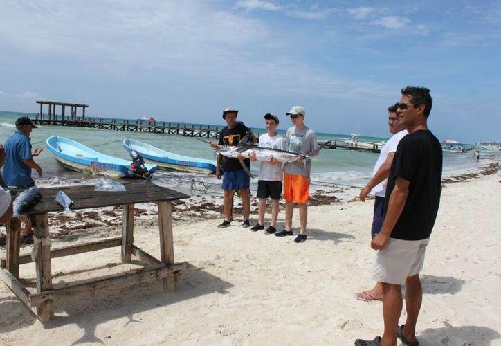 Hubo demanda en paseo para snorkel y pesca deportiva. (Adrián Barreto/SIPSE)