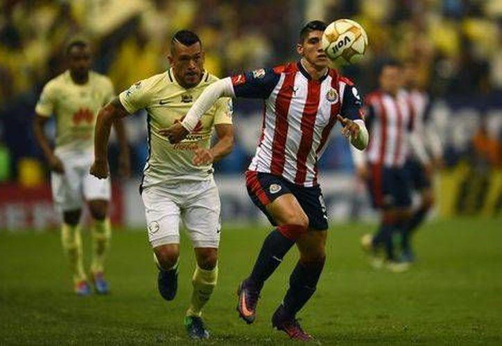 América está obligado a ganar por cualquier marcador para poder obtener el pase a la siguiente ronda, en la casa de las Chivas del Guadalajara. (Foto tomada de Mediotiempo)