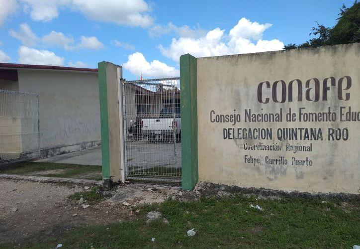 Personal del Conafe imparte clases de educación básica a 621 niñas y niños de comunidades mayas de Felipe Carrillo Puerto. (Jesús Caamal/SIPSE)