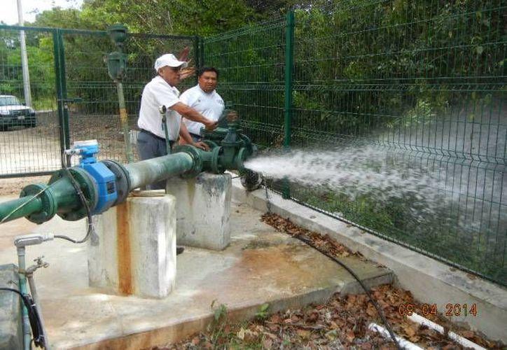 El servicio de agua potable está garantizado en isla Holbox. (Redacción/SIPSE)