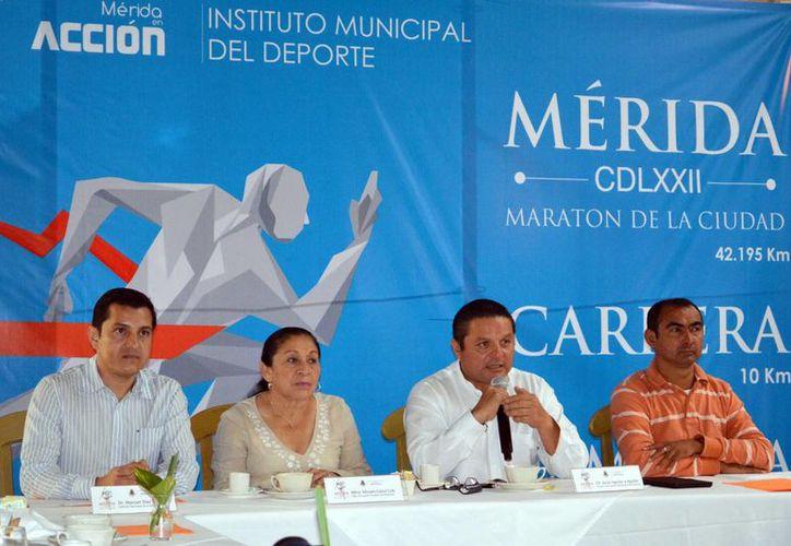 Presentación del Maratón de Mérida, que arrancará a las puertas del Palacio Municipal y culminará en el Paseo de Montejo. (Milenio Novedades)