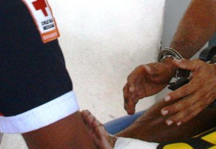 Pablo Santander fue herido de bala por un policía turístico en la playa.  (Redacción/SIPSE)