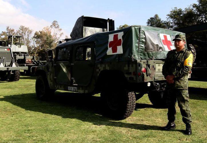 El presidente Enrique Peña Nieto se comprometió a mejorar la calidad de vida de los militares. (Archivo/NTX)