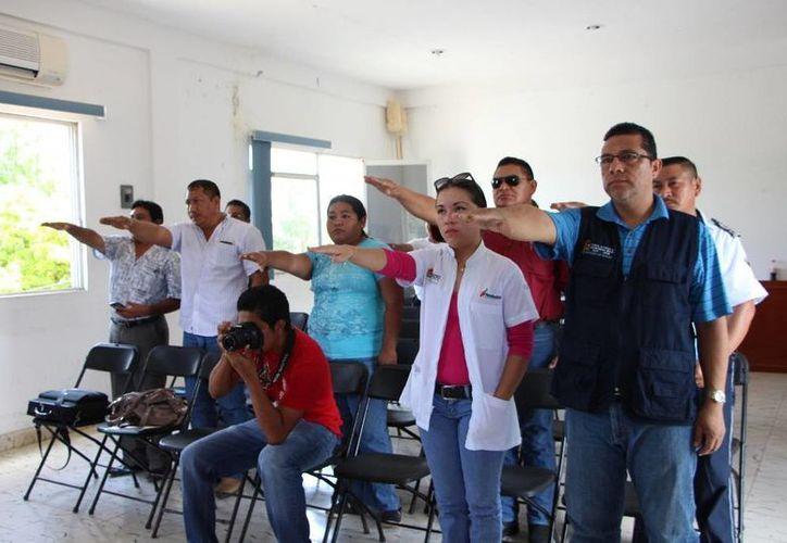 Ayer se reinstalaron los comités municipales de prevención de accidentes y de cuidado de los adultos mayores.  (Raúl Balam/SIPSE)