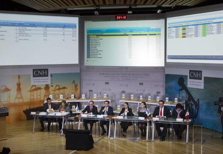 Este martes se realizó la Tercera Licitación de Ronda Uno, Presentación y Apertura de Propuestas de la Comisión Nacional de Hidrocarburos. (Notimex)