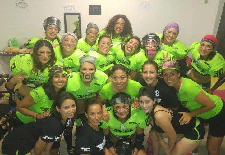 El equipo femenil, de la Women Football League de Bikini, será un serio contendiente al título por la calidad de sus jugadoras.(Milenio Novedades)