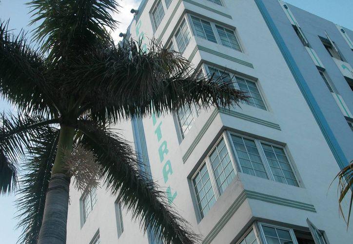 El incremento en los hoteles de Miami obedece a la poca disponibilidad de habitaciones, que, según el sondeo, es menos del 10 %. (EFE/Archivo)