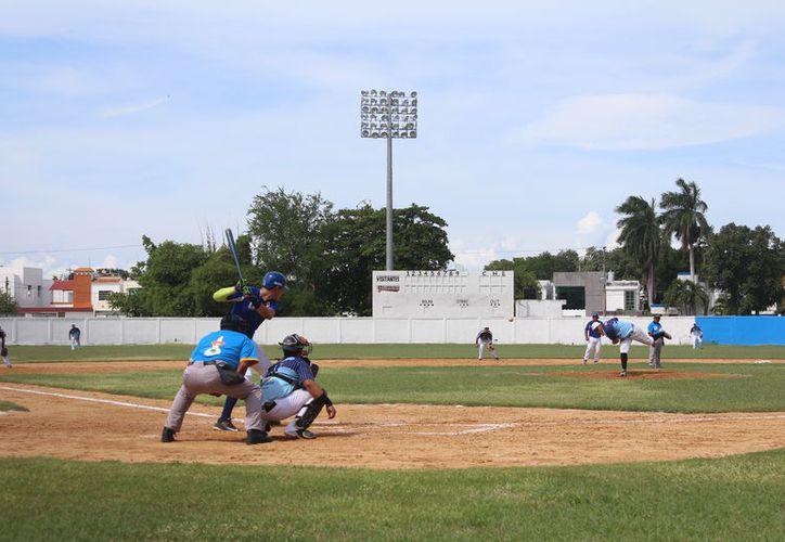 Las emociones estuvieron presentes en el inicio de la postemporada del rey de los deportes. (Miguel Maldonado/SIPSE)