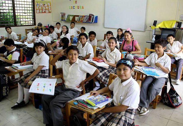 Diputados consideran que reducir la matrícula en salones mejorará la atención a los estudiantes. (Foto: Archivo/Milenio Novedades)
