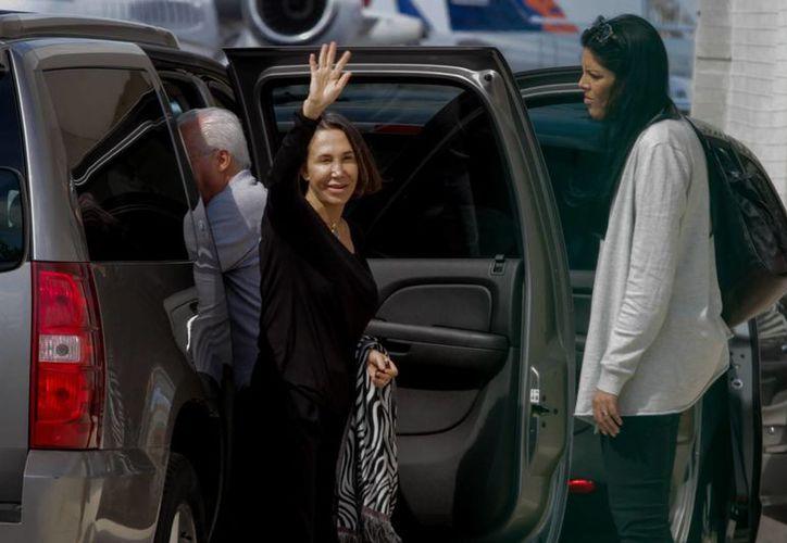 Florinda Meza informó por Twitter su decisión de poner en venta las casas de  Roberto Gómez Bolaños, 'Chespirito'. (Archivo/Notimex)