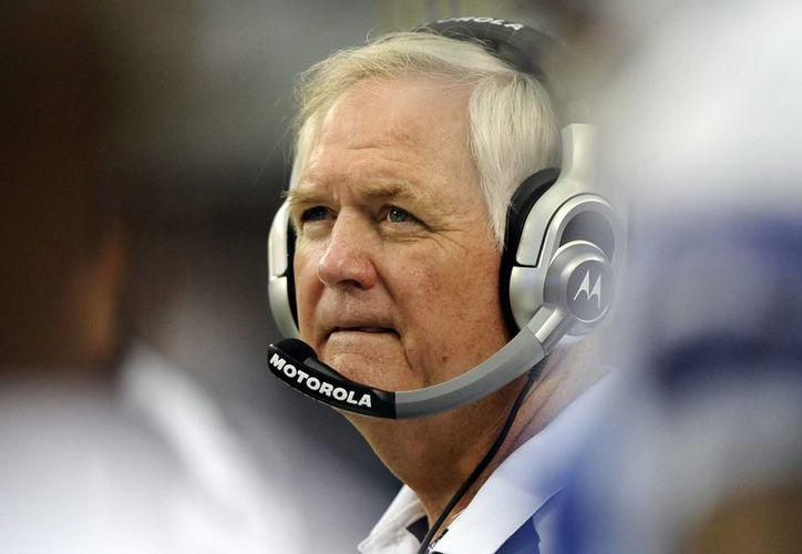 Imagen de archivo del coordinador defensivo de los Texans, Wade Phillips. (EFE/Archivo)