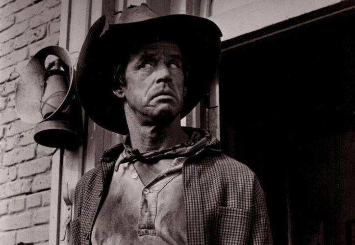 El actor de cine hollywoodense Goffrey Lewis falleció este miércoles (forum.westernmovies.fr)