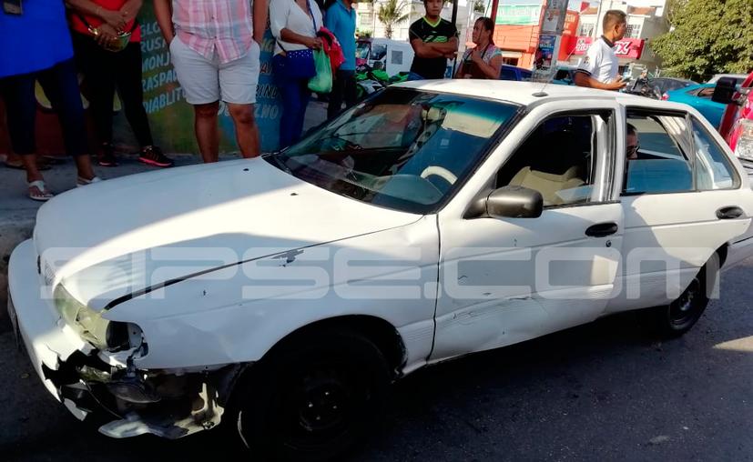 Fallece bebé tras salir proyectado en accidente vehicular