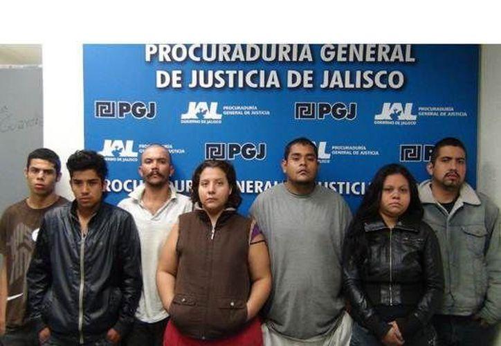 Los siete sujetos quedaron a disposición del Juez Sexto de lo Penal. (oem.com.mx)