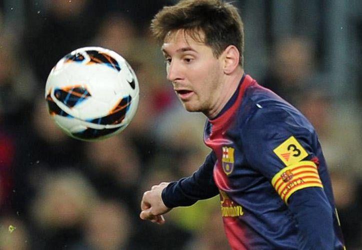El argentino Lionel Messi ya ha portado el gafete de capitán del club catalán en diversas ocasiones. (La Afición)