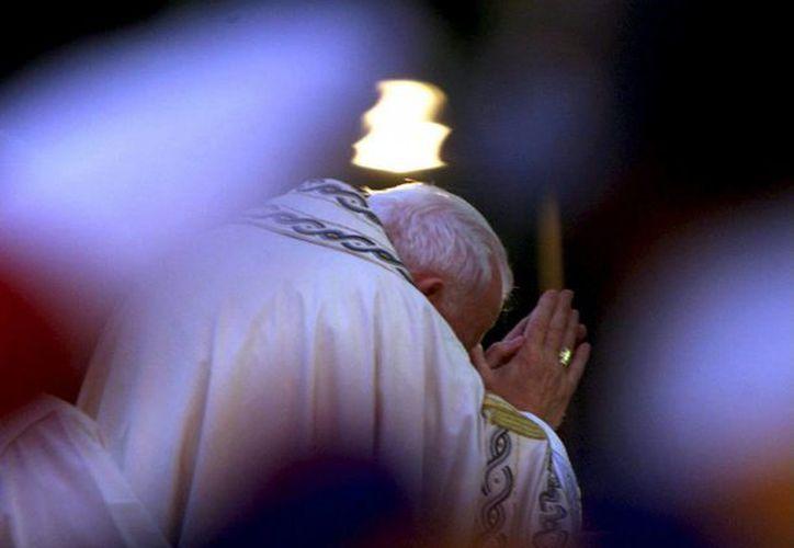 El libro es una lectura obligada para quienes quieran conocer la 'verdadera espiritualidad' de Juan Pablo II. (EFE)