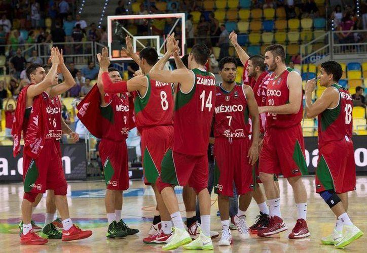 Los tricolores dirigidos por el español Sergio Valdeolmillos integran el Grupo A de uno de los tres preolímpicos de básquetbol de la FIBA. (Archivo Mexsport)