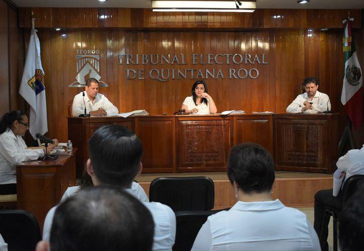 Los magistrados declararon improcedente el recurso legal, ya que primero debieron agotar los medios de impugnación al interior del partido. (Joel Zamora/SIPSE)