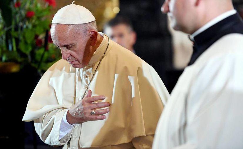 Polonia recibió hoy al Papa Francisco quien llegó a la ciudad de Cracovia para presidir las actividades con motivo de la Jornada Mundial de la Juventud, en su decimoquinta gira apostólica internacional que se extenderá hasta el próximo domingo 31 de julio. (Notimex)