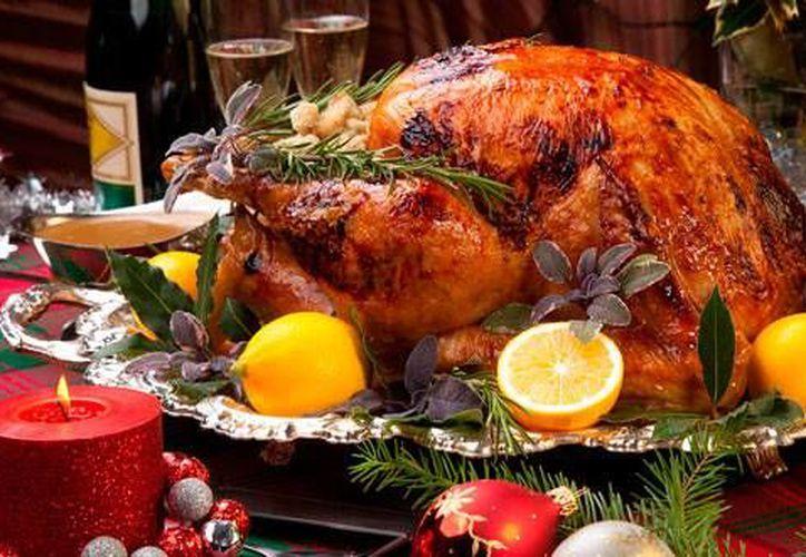 Exhortan a la ciudadanía a salir por la noche del 24 de diciembre a llevar alegría y comida a cientos de hogares. (Contexto/Internet)