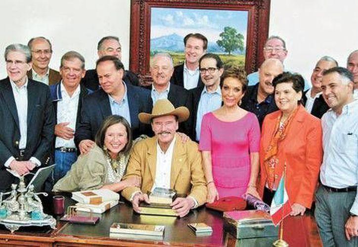 Vicente Fox se reunió en Guanajuato con algunos de los exintegrantes del que fuera su gabinete. (Milenio)