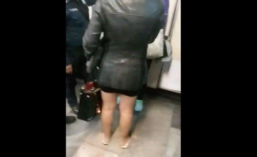 Varios usuarios defendieron a la mujer que piso a #LadyChancla al señalar que fue un accidente. (Excélsior)