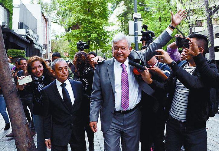López Obrador aseguró que se finiquitará el NAIM en Texcoco y que los empresarios han quedado conformes. (Vanguardia)