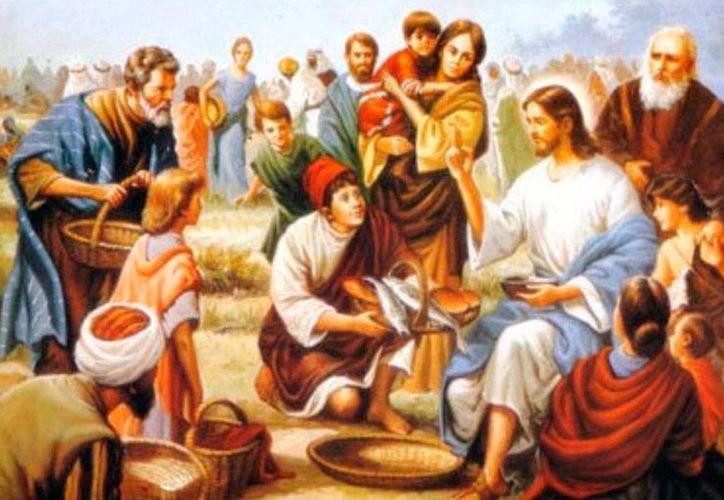 Este pasaje de la multiplicación de los panes es narrado en los evangelios en seis ocasiones, dos en Mateo y en Marcos, y una vez en Lucas y Juan. La riqueza de este acontecimiento es grande, pues hace alusión al maná del desierto, a los panes de Eliseo, a la simbología mesiánica Judía y alude claramente a la Eucaristía. (YouTube)