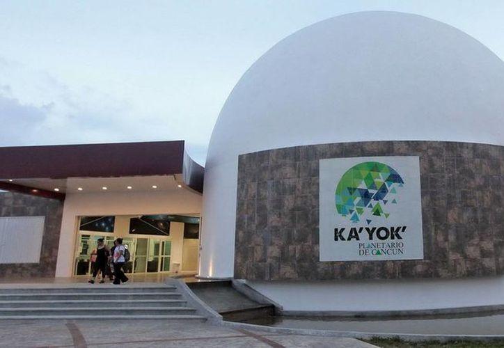 El planetario de Cancún ofrece actividades para personas de todas las edades. (Jesús Tijerina/SIPSE)