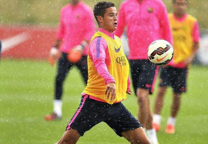 Ibrahim Afellay terminará su contrato con el Barcelona jugando para el club griego. (EFE/Archivo)