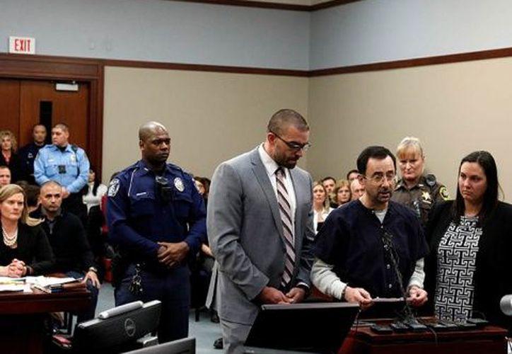 Nassar, de 54 años, se había declarado culpable de abusar de siete personas en la zona de Lansing. (Contexto)