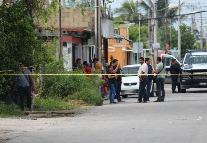 El ataque se registró en el cruce de la avenida 145, con calle 52, en la Supermanzana 102. (Redacción)