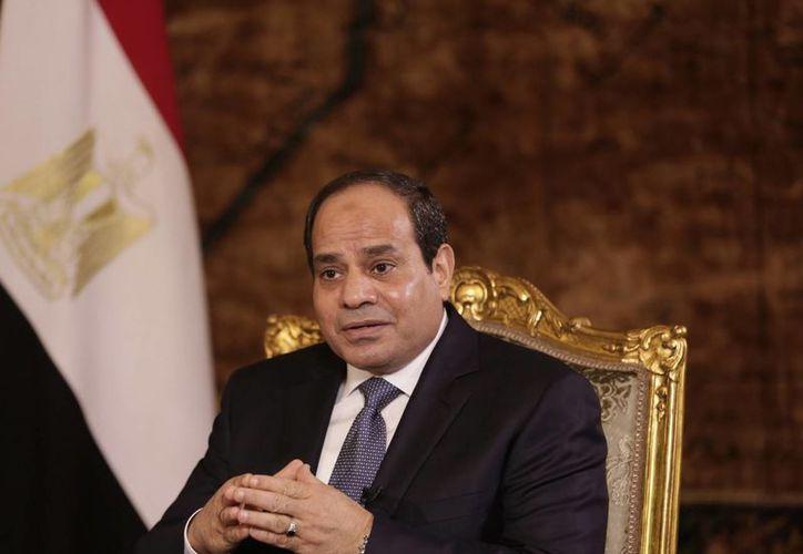 Este martes, el presidente egipcio Abdel Fatah al Sisi se comunicó vía telefónica con Enrique Peña Nieto para dialogar sobre el caso de los mexicanos muertos en un ataque en ese país. (Archivo/AP)