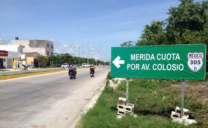 La carretera El Tintal-Playa del Carmen será inaugurada mañana por el presidente de México, Enrique Peña Nieto. (Adrián Barreto/SIPSE)