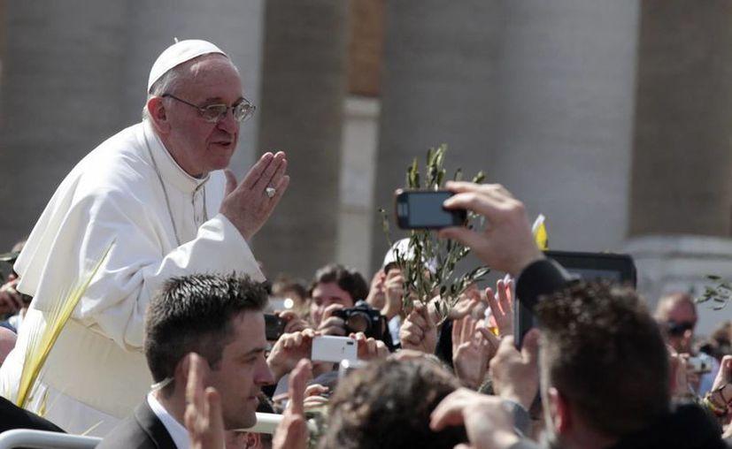 """""""Papa Francesco"""" presenta los hechos históricos de las últimas semanas. (Agencias)"""