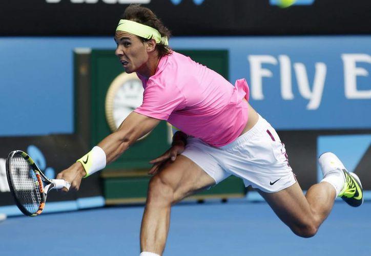 Rafael Nadal no ha tenido un buen inicio de año, pero es uno de los tenistas más importantes que competirán por el Trofeo Conde de Godó. (EFE)
