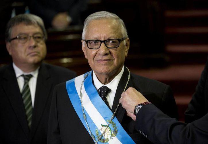 Alejandro Maldonado se encuentra hospitalizado en el Centro Médico Militar de la capital guatemalteca. (AP)