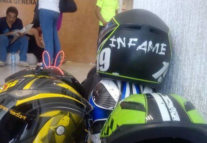 El grupo de motociclistas 'Infames' busca que la aseguradora responda por el accidente. (Eric Galindo/SIPSE)