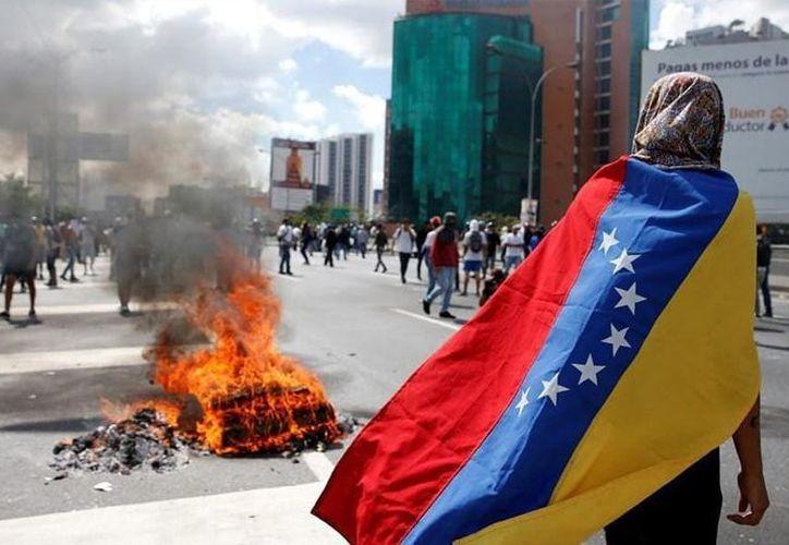 Brownfield sostuvo que en su opinión personal probablemente no se puede decir que el gobierno del presidente Nicolás Maduro está dominado por la industria narcotraficante. (UniónObregón.Com)