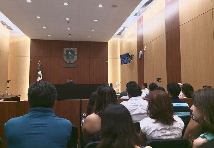 El juez Edwin Mugarte, a través de una teleaudiencia, imputará a Martín Alberto Medina Sonda, por el asesinato de su exesposa, Emma Gabriela Molina Canto, quien fue asesinada por sicarios en marzo pasado, en Mérida. (Archivo/Poder Judicial)
