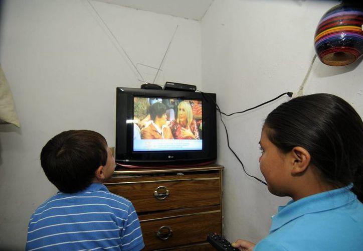 Ifetel indicó que abrirá una licitación para otras dos cadenas de televisión abierta en marzo próximo. (Archivo/SIPSE)