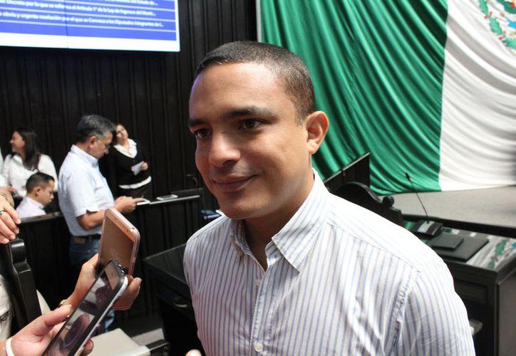 Afirma que a través del órgano rector del partido, la Comisión Política Permanente definirá el cambio de estafeta. (Joel Zamora/SIPSE)