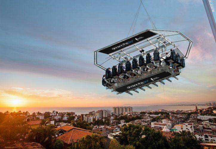 Tendrá la particularidad de contar con una mesa flotante en el aire, suspendida por una grúa a 45 metros de altura. (blog.turismomaso.com)
