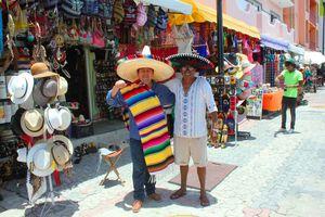 Roban ganancias a los mexicanos las artesanías 'Made in China'