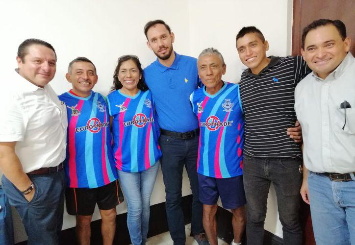Asociación Yucateca de Atletismo dijo que aunque cambió de categoría, su meta es el récord. (Foto:Novedades Yucatán)