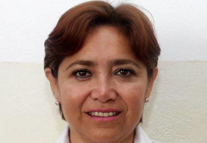 Arminda Villanueva Cárdenas, Directora General de Eventos Generales del Ayuntamiento, informó sobre los artistas. (Redacción/SIPSE)