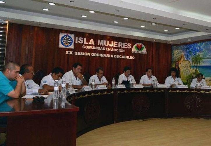Por unanimidad de votos fueron aprobados en sesión de cabildo. (Redacción/SIPSE)