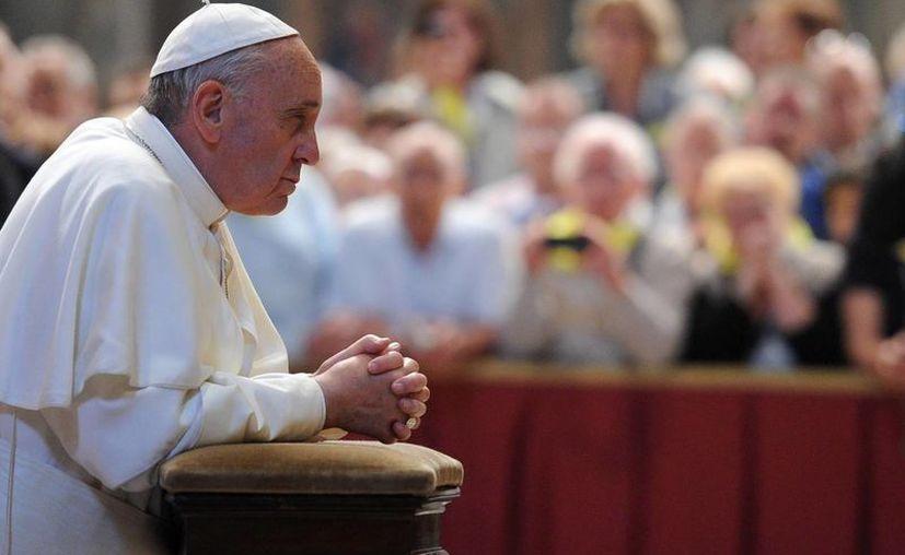 Jorge Mario Bergoglio dirigió un discurso ante los miembros de la delegación de Parlamentarios Franceses del Grupo de la Amistad Francia-Santa Sede. (Archivo/EFE)